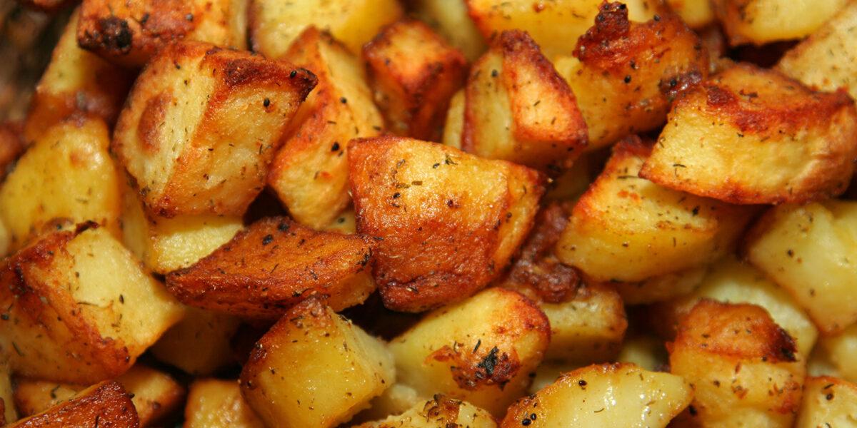 Картофель, запечённый с розмарином